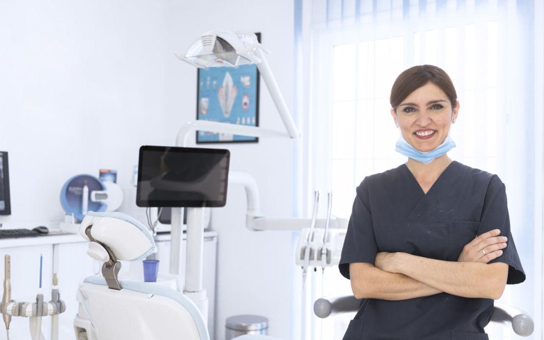 Jak ważny jest rozwój i doskonalenie warsztatu w zawodzie dentysty?